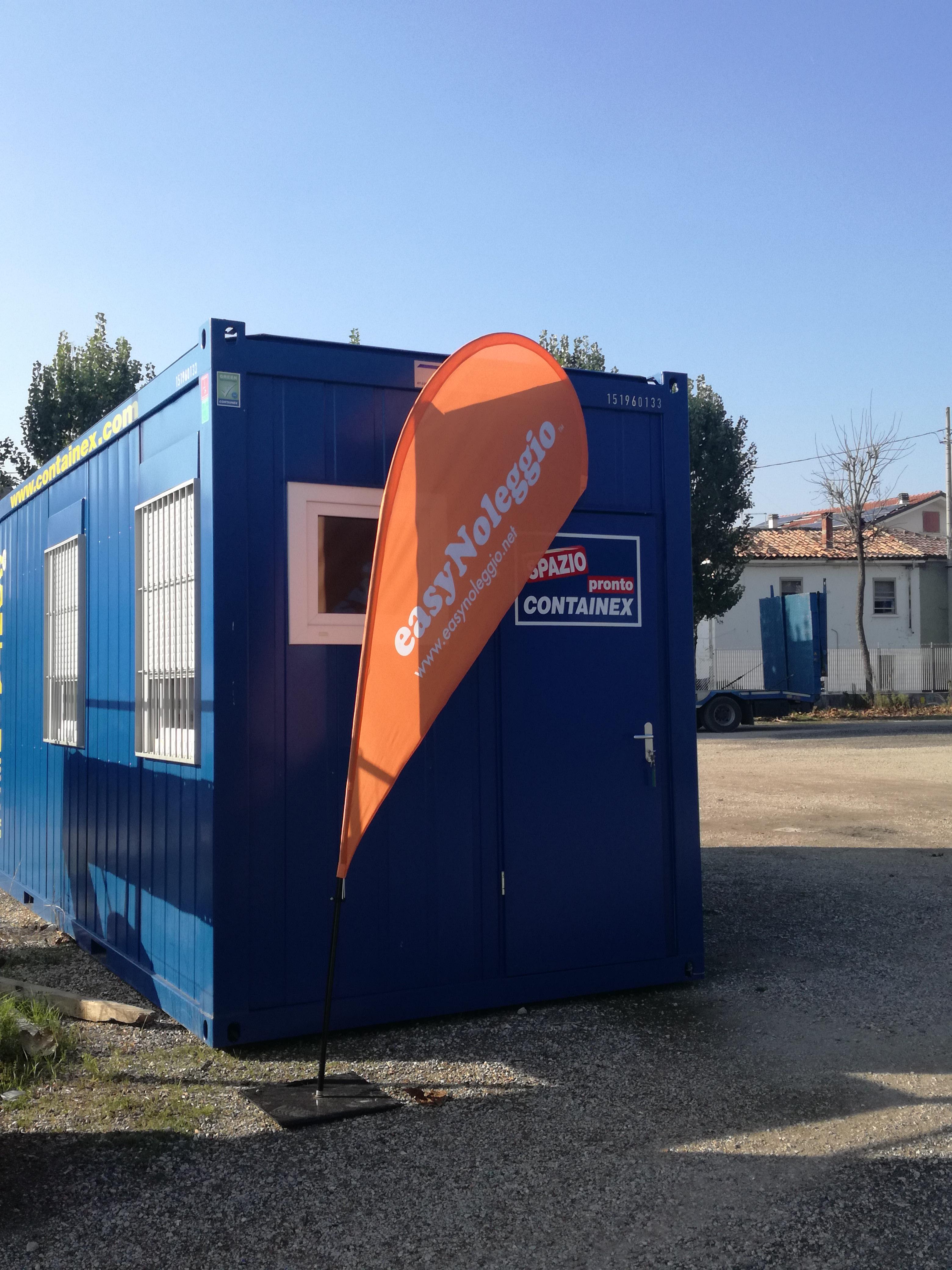 Prefabbricato modulare uso ufficio coibentato con reparto bagno
